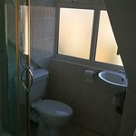 top floor en-suite shower room