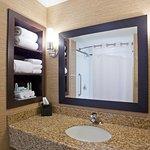 Foto di Holiday Inn Express Hotel & Suites Woodstock