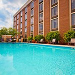 Photo de Holiday Inn Express Winston-Salem Downtown West