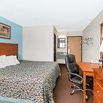Days Inn Ankeny - Des Moines Photo