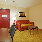 Photo of Holiday Inn Express Hotel & Suites Florence