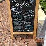 Photo de Taste on Macrossan Gourmet Food