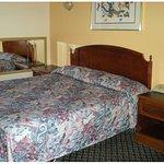 Scottish Inns and Suites Corona Foto