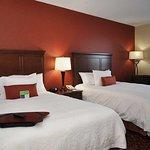 Photo de Hampton Inn by Hilton Edmonton/South