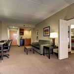Photo de Holiday Inn Express & Suites Jacksonville - SE Med Center Area
