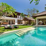 Grand Pool Villa, 4 Bedroom