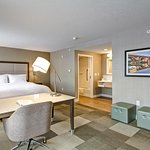 Foto de Hampton Inn & Suites by Hilton Saskatoon Airport