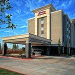Hampton Inn and Suites Moore