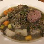 """Saucisse """"perugin"""" lentilles & légumes du marché... extra !"""