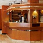 Rezeption im Ramada Hotel Hockenheim