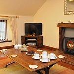 Badger Cottage - Lounge