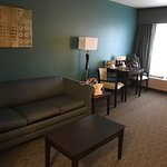 Photo de BEST WESTERN Designer Inn & Suites