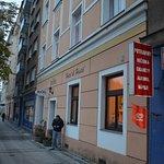 Photo of Leon Hotel