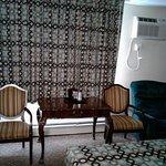 Red Carpet Inn Photo