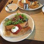 Essen Cafe & Restaurant