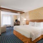 Fairfield Inn & Suites Pittsburgh Airport/Robinson Township