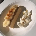 Popcorn, Caramelized bananas and peanut butter sundae - delicious!