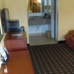 Knights is one of the cleanest inexpensive hotel I have been here a month and the rooms are very