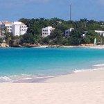 Photo de Meads Bay Beach Villas