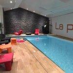 espace piscine chauffée à 32°