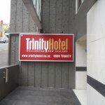 Trinity Hotel Foto
