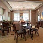 Photo de Dewitt Hotel & Suites