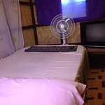 Fan kubo room P500 per night with WiFi and tv