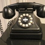 Quaint phone in corridor at Omni Berkshire NYC (02/Feb/17).