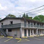 Foto de Americas Best Value Inn-Central Medford
