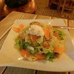 Σαλάτα πράσινη με μανταρίνι,καρύδια, cottage και βινεγρέτ εσπεριδοειδών