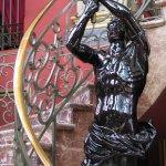 Escalier en marbre et statues