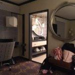 corner spa room
