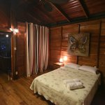Caribbean Breeze Cabinas bedroom