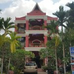Sidewalk Never Die Hotel Siem Reap Photo
