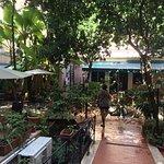 Photo de Astoria Garden