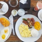 Free breakfast with brewed coffee. Mango shake and watermelon shake as welcome drinks.