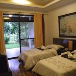 Split Bed Room