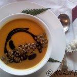 Pumpkin soup, with toasted pumpkin seeds