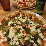 Foto de Seventh Hill Pizza