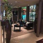 Photo de Holiday Inn Paris Elysées