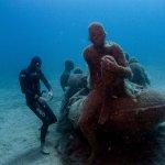 La balsa de Lampedusa con el apneista Miguel Lozano