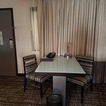 Photo de Embassy Suites by Hilton Las Vegas