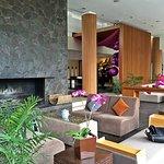 Photo de Padma Hotel Bandung