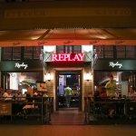 Az étterem új külsővel, szemből a Király utcáról.