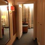 浴室,衣櫥與房間隔開