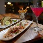 Margarita, Tequila, Tacos, Papas en la Latta Fries