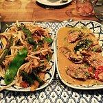 Excellent Resto thaï !  Très bon accueil, belle décoration (fleurs fraîches) et restaurant très