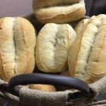 Buenísimo!!, Pan de leña y bocadillos muy generosos, de calidad!!