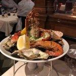 Foto de Cafe Royal Oyster Bar