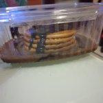 Tarta de chocolate 3'50€ (5 galletas maria con sirope ) Un real timo...  El pan de ajo... un rec